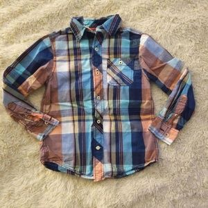 🌹Boys long sleeve plaid button up small 6/7